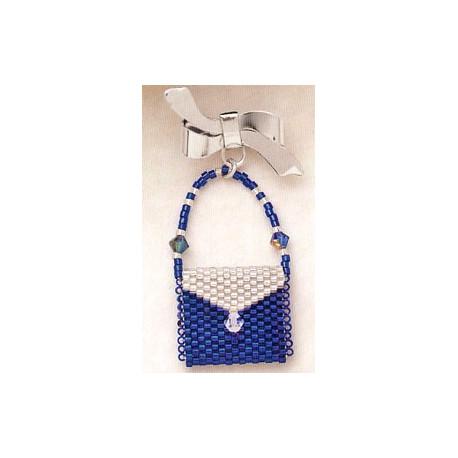 Blå perletaske med brochenål formet som sløjfe