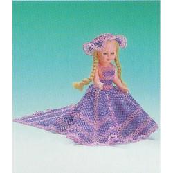 ILA perlemønster 17 cm dukke, kjole med slæb