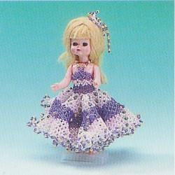ILA perlemønster 15 cm dukke, lilla/lyserød kjole