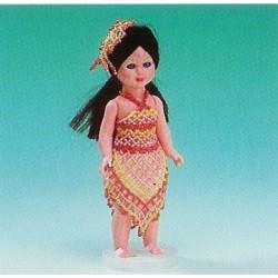 ILA perlemønster 17 cm dukke i festkjole