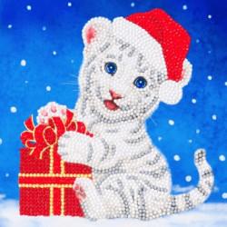 Hvid tigerunge med nissehue - Diamant Julekort 18 x 18 cm